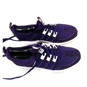 Adidas women's SL Loop athletic shoes size 9😀